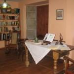 turismo-rural-pousadoira-galicia-mesa salon_1