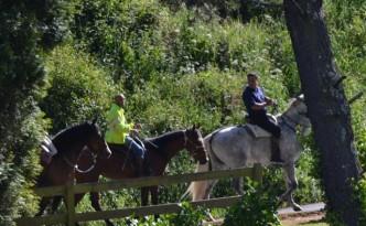 Paseos a cabalo e clases de equitación nos arredores da Casa Pousadoira - Miño - Galicia